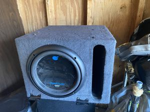 Single Sub with amp for Sale in Clovis, CA