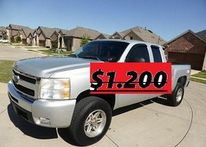 🔑🔑URGENT!🔑🔑 $1200 I Selling 2011 Chevrolet Silverado,Very Clean!Clean Tittle!Runs and Drives great.Nice Family car!one owner!🔑🔑🙏🏼 for Sale in Oakland, CA
