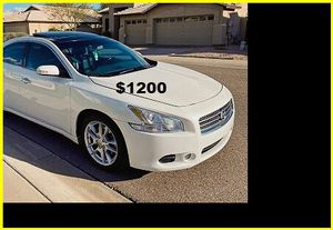 Price$1200 Nissan Maxima for Sale in Sioux Falls, SD