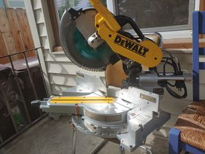 Lightly used Miter saw. $375 for Sale in Hayward, CA