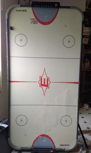 Air hockey table for Sale in Buda, TX