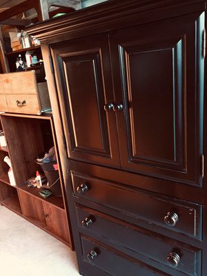 TODAYS sPECIAL: BLACK ARMOIRE- LOTS OF SPACE. SOLID WOOD for Sale in El Paso, TX