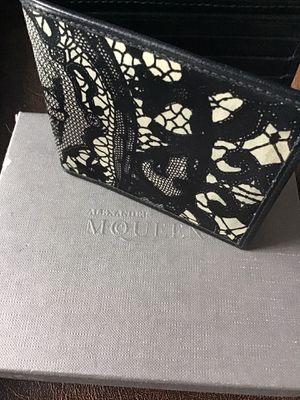 Alexander McQueen wallet, men's, authentic. for Sale in Miami Beach, FL