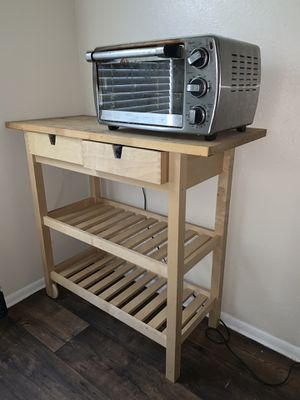 Kitchen moveable table for Sale in Altamonte Springs, FL