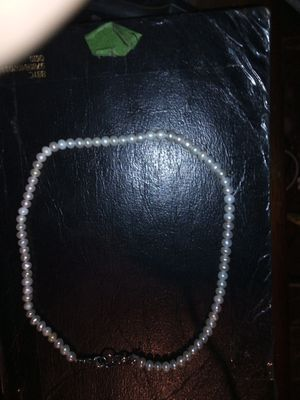 Real fresh water Pearl necklace. for Sale in Los Angeles, CA
