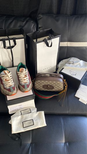 Gucci Purse & Shoes for Sale in Los Angeles, CA