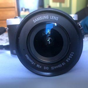 Samsung NX300 Camera for Sale in Pico Rivera, CA
