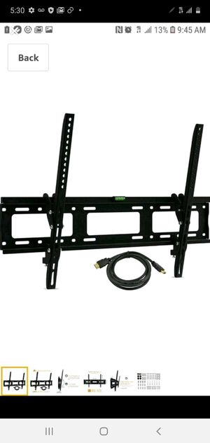 Flat wall mount tv 37-70 inches for Sale in Fontana, CA