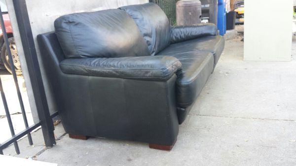 Phenomenal Black Leather Love Seat Couch Sofa For Sale In Campbell Ca Offerup Creativecarmelina Interior Chair Design Creativecarmelinacom