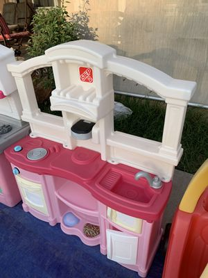 play kitchen for Sale in Fresno, CA