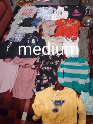 Bundle of medium clothes for Sale in Saint Charles, MO