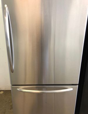 ON SALE! Maytag Refrigerator Fridge Bottom Freezer With Icemaker #734 for Sale in Croydon, PA