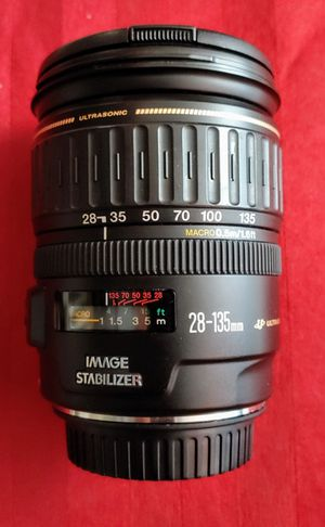 Canon EF 28 - 135mm IS lens for Sale in Lewisville, TX