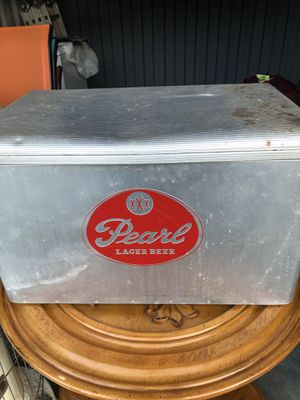 Vintage metal cooler...Pearl lager beer... for Sale in Durham, NC