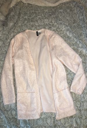 BRAND-NEW H&M® Fuzzy Cardigan (Size XS) for Sale in Trenton, NJ