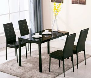 Dining set new in box for Sale in Orlando, FL
