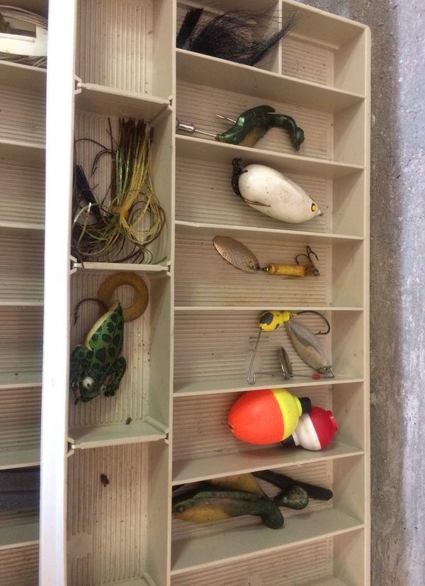 Tacklebox fishing reel and tackle