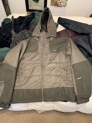 Patagonia jacket men's size large for Sale in Long Beach, CA