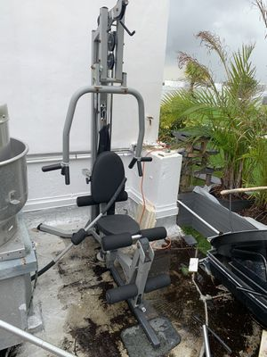 Power line weight gym for Sale in Aventura, FL