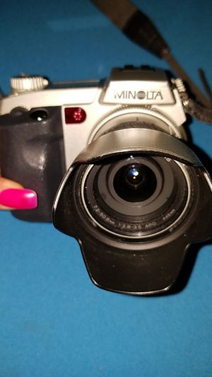 Minolta Dimage 7i 5MP Digital Camera w/ 7x Optical Zoom for Sale in Cleveland, OH