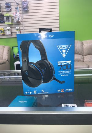 PS4 headset for Sale in Webster, TX