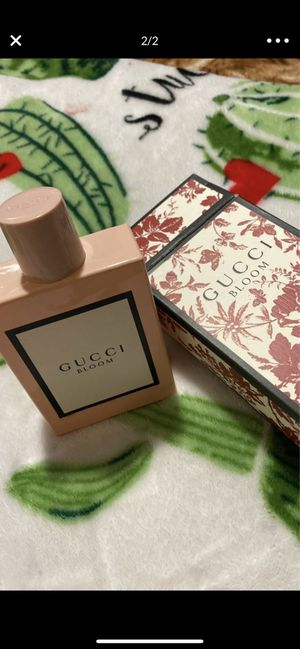 Gucci bloom perfume 3.3oz for Sale in Houston, TX