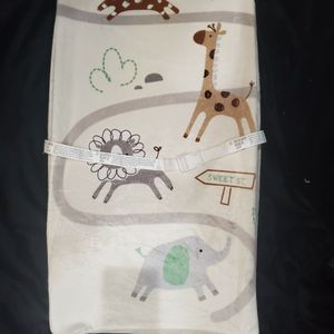 4 Changing Table Pad Covers for Sale in Glendale, AZ