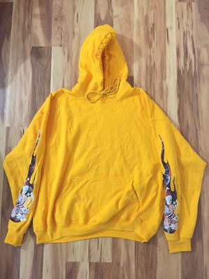 XL Yellow Detached Hoodie for Sale in West Springfield, VA