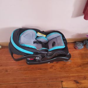 car seat for Sale in Wilkes-Barre, PA