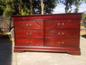Modern 6 Drawer Dresser for Sale in Mary Esther, FL