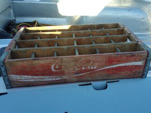 Coca cola authentic vintage bottle crate. Stamped from factory on inside. for Sale in Wylie, TX