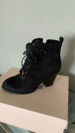Just fab women's boots size 8 for Sale in Riverside, CA