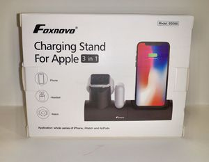 Charging Stand for Apple 3 in 1 for Sale in Los Angeles, CA