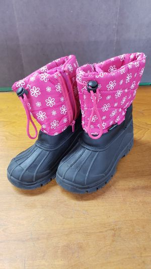 RUGGED BEAR SNOW BOOTS GIRLS for Sale in Los Angeles, CA