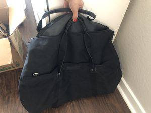 Calvin Klein big duffle bag with shoulder strap for Sale in Fort Lauderdale, FL