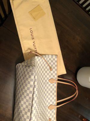 Louis Vuitton Purse for Sale in Brockton, MA