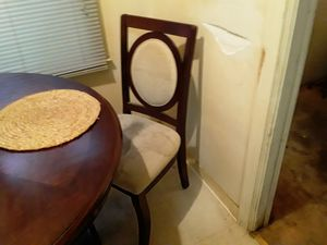5yr old Ashley Moore dinner table with 2 chairs for Sale in Fresno, CA