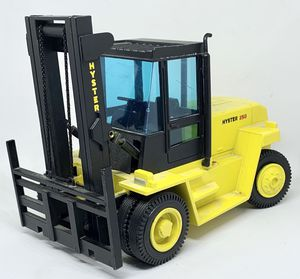 German Made 362 Die Cast Hyster 250 Forklift for Sale in Everett, WA