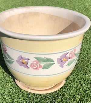 Small Vase/Flower Pot for Sale in Phoenix, AZ
