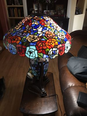 Beautiful Stained glass table lamp, 3ft tall ..paid over $500 selling only $125 ! for Sale in Garden Grove, CA