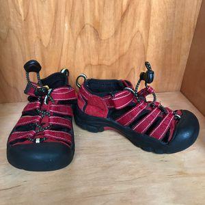 Y11* Keen Sandals for Sale in Spokane, WA