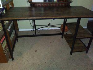 """55"""" desk for Sale in Fresno, CA"""