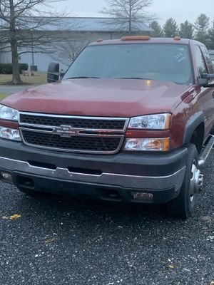 07 Chevy 3500 dually for Sale in Germantown, MD