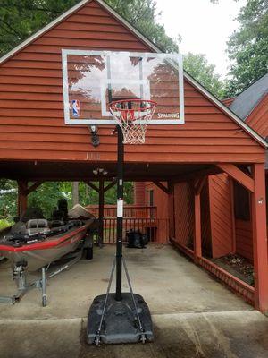 54' SPALDING Basketball Hoop for Sale in Austell, GA
