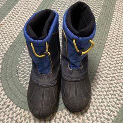 Sporto Snow Boots Kids Size 6 for Sale in Mission Viejo,  CA