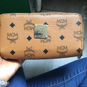 OLD AND USED MCM wallet for Sale in Washington, DC