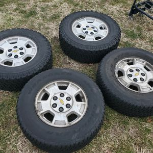 """Silverado Gmc Chevrolet Chevy Rims Tires 17"""" for Sale in Howell Township, NJ"""