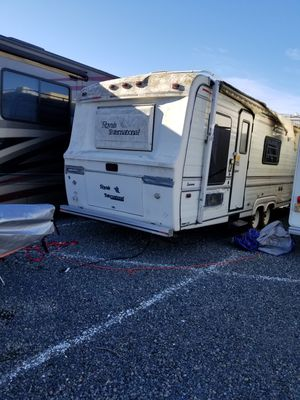 1988 ROYAL COACHMAN by Teton for Sale in Phoenix, OR