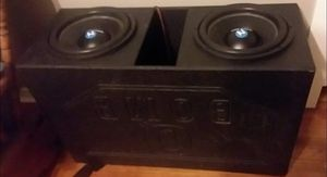 "*Two 12"" Nemesis Audio 1000 Watt Speakers in a Q-Bomb Pro Box (Like New)!* for Sale in El Dorado, AR"