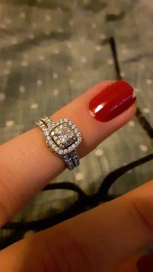 Neil Lane stamped Bridal Set 1-1/3 ct tw Diamonds 14K White Gold for Sale in Seaford, DE